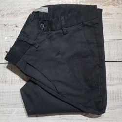 PANTALON CHINO JAMES TROY JACK & JONES.